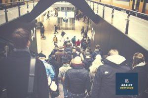 metroya inen insanlar