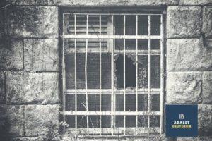 hapishane koğuş camı demir parmaklık